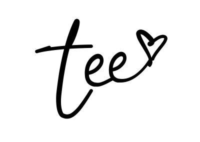 Tanisia Moore tee-heart icon in black